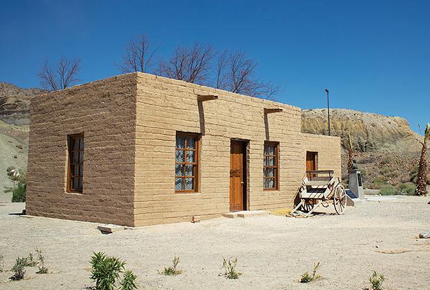 Resultado de imagen para casas adobe argentina