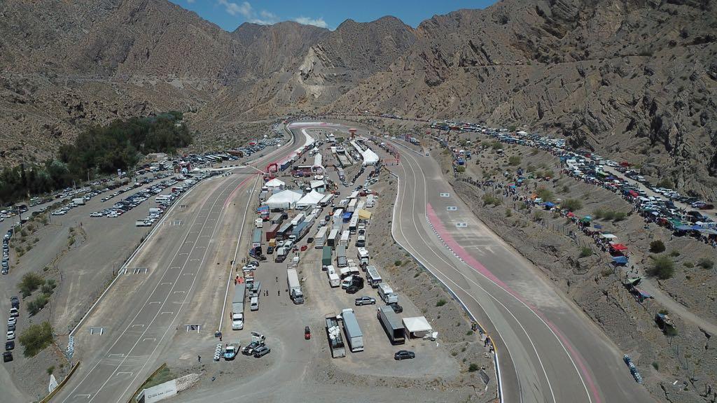 Circuito Zonda San Juan : Megaobra el próximo mes comienzan a iluminar autódromo