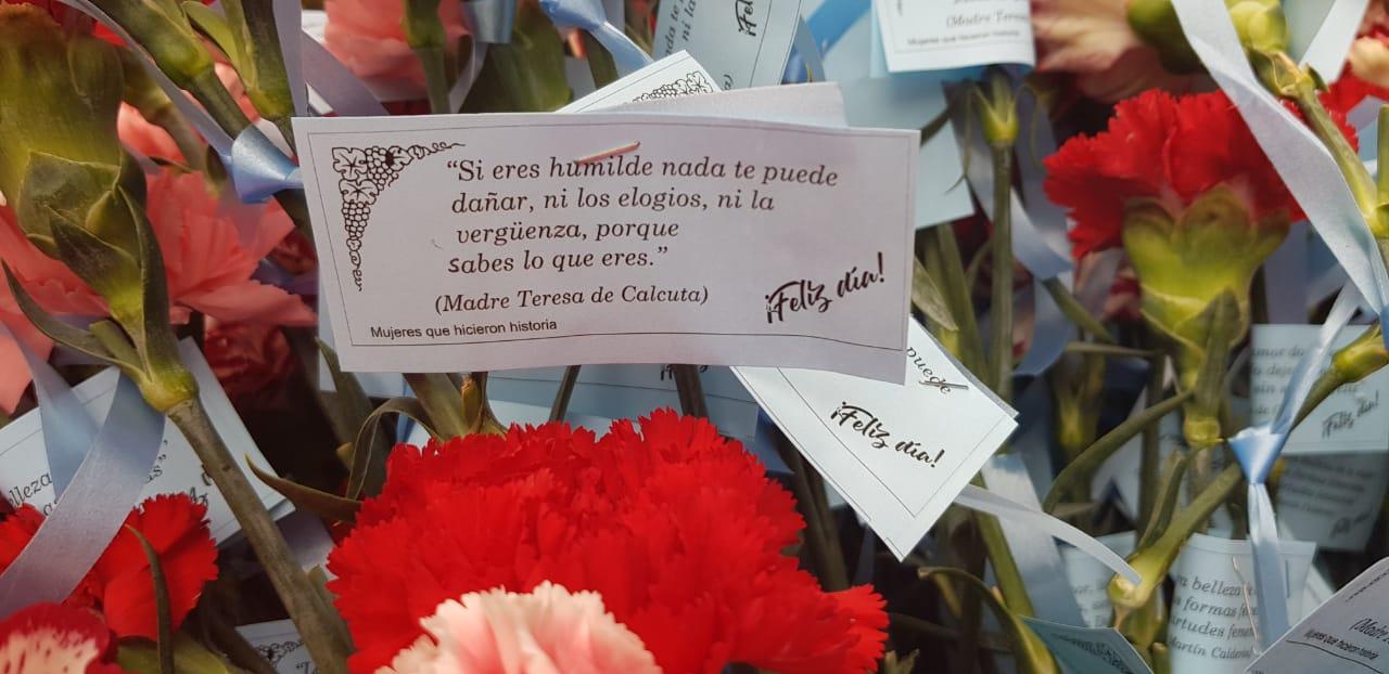 Mujeres Pro Vida Conmemoran El 8m Regalando Cientos De